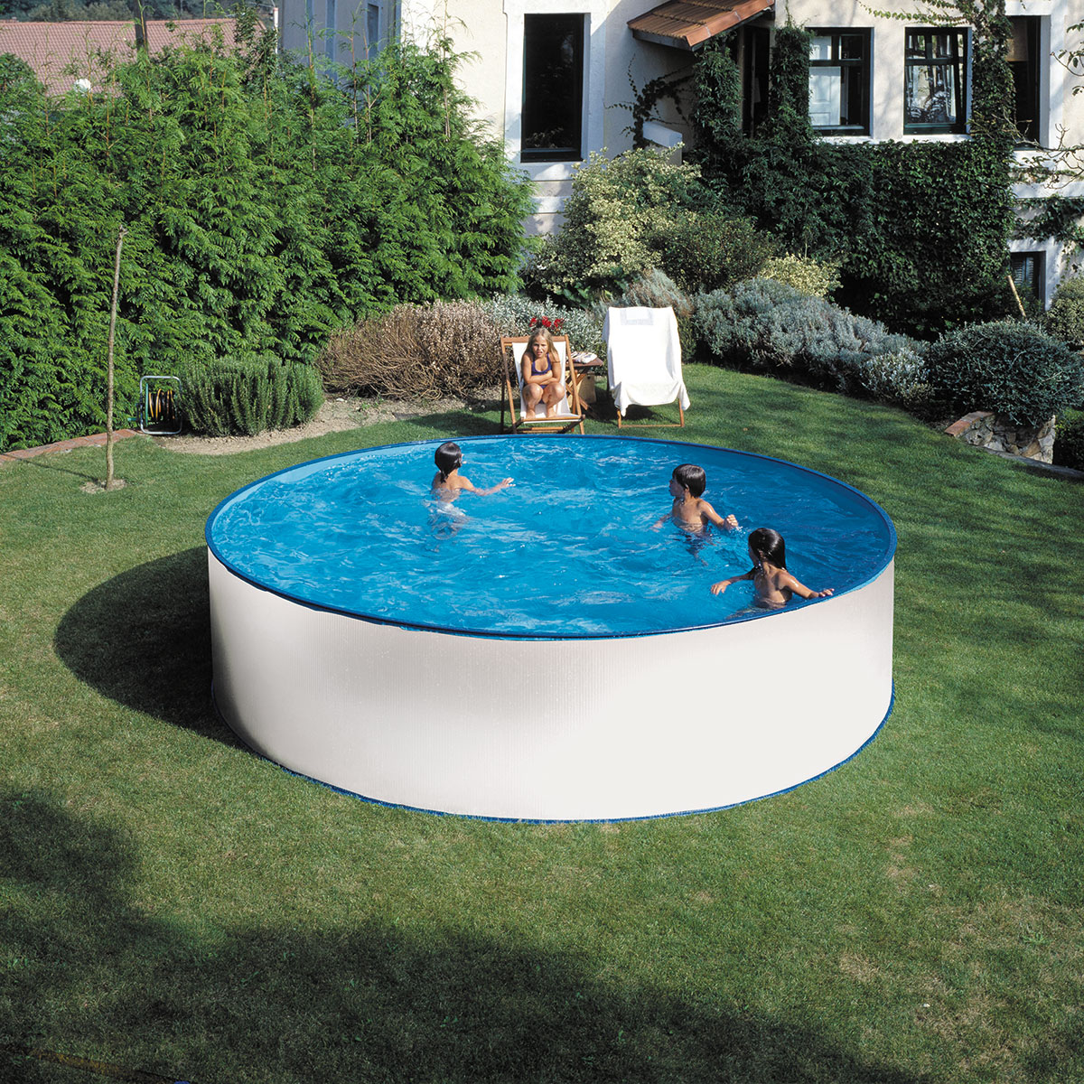 Stahlwandpools planet pool for Pool holzdekor